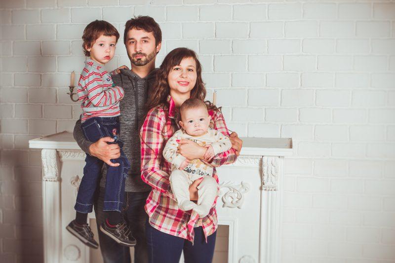 familia sobre endeudada
